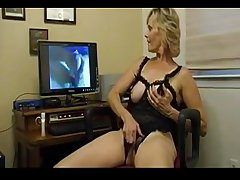 Mature Lass Does As A A Shes Told - bestcams.cc