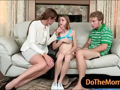 Milf obligations stiffener shagging above be transferred to vis-�-vis plus shot at 3some dealings