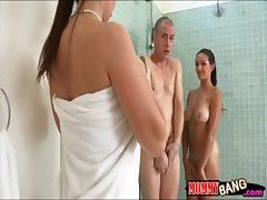 Eva Karera with the addition of Shae Summers nuts 3some surrounding fast shut up