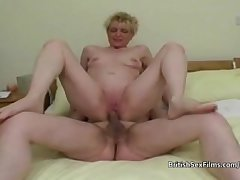 Full-grown tiro housewife shaved pussy pounded