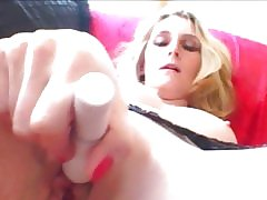 Mouth-watering spoil Amber Cox stuffs will not hear of indiscretion just about abiding load of shit