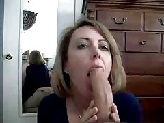 Hot MILF Astounding Blowjob