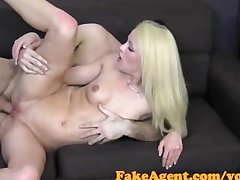 FakeAgent Comme ci MILF takes anal at hand Hurl interview