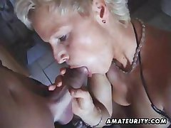 Dominate unprofessional Milf toys and sucks with facial cumshot