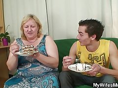 He is lured into lovemaking by chubby mother in law