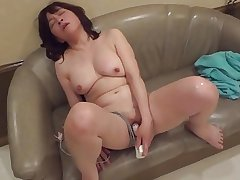 Amatuer Japanese Mature masturbates unreliably sucks