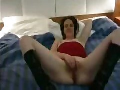 Sexy 30-year old Inara cleans naked